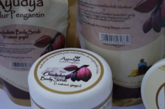Ayudya Lulur Pengantin Chocolate Body Scrub (with extract ginger & cocoa Butter)